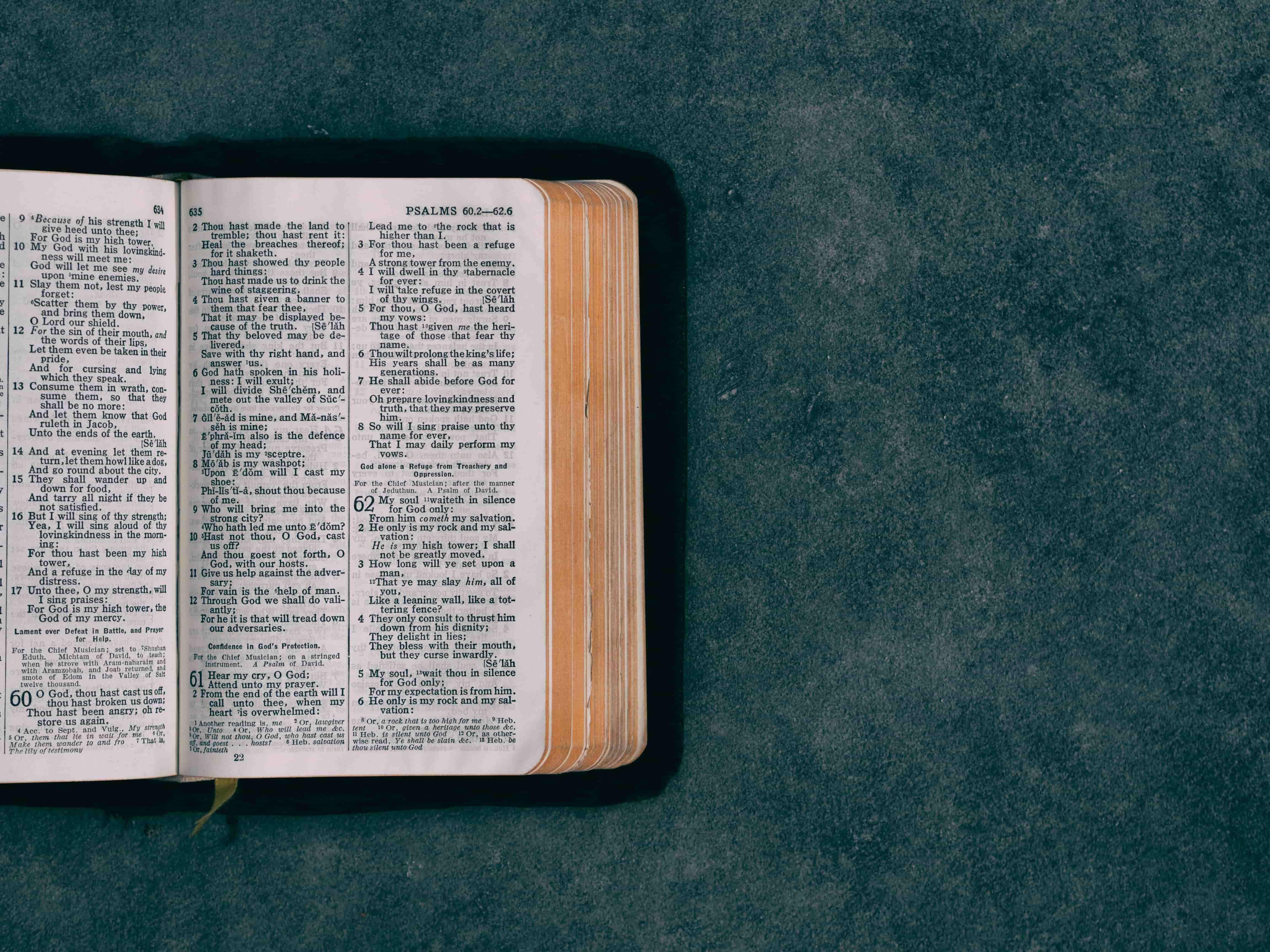 Ezéchiel 46 v 11 à 18
