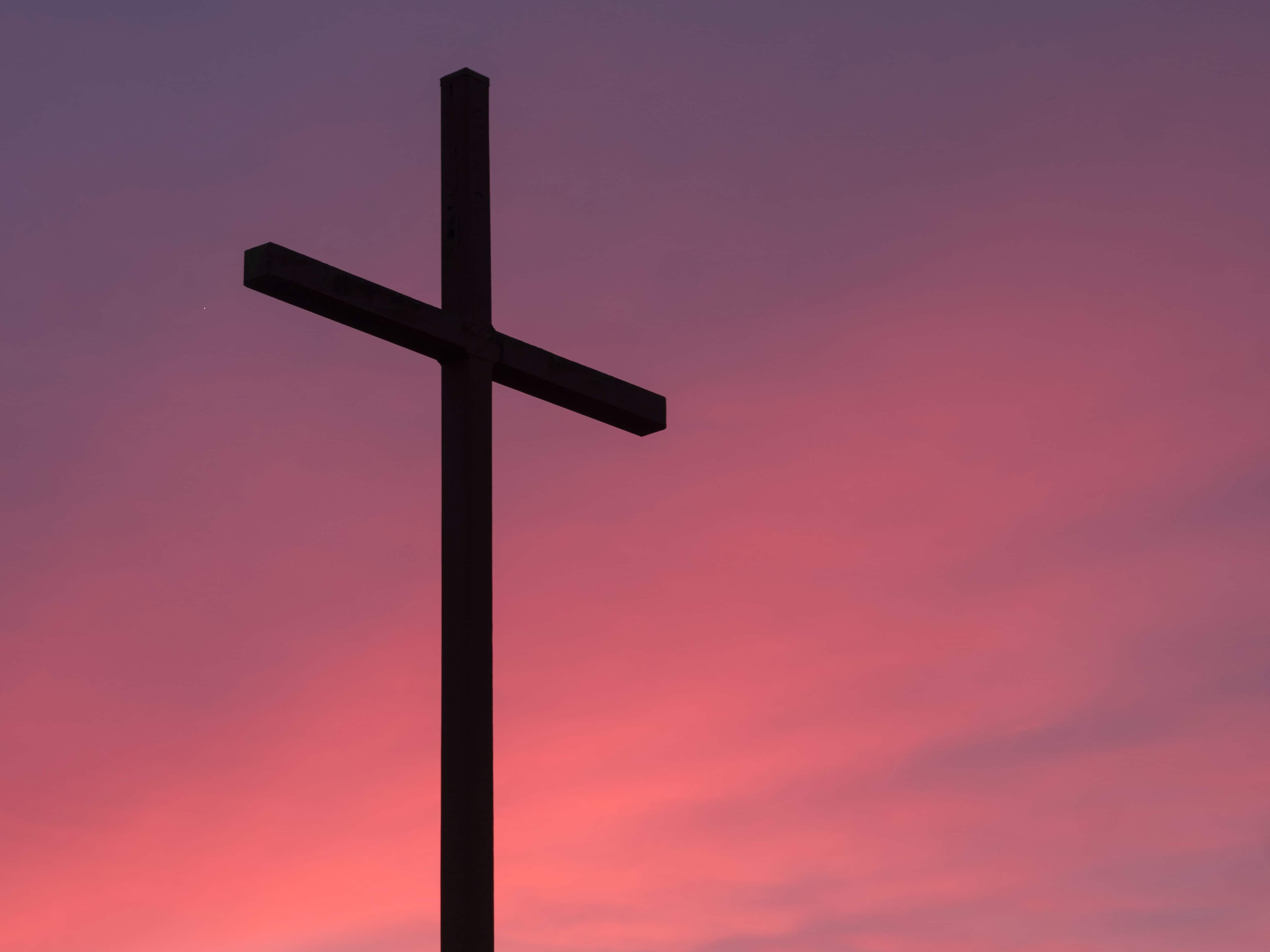La croix bouleverse